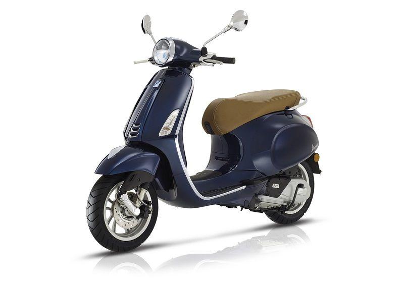 Vespa 125 Primavera/Sprint rentals in Tuscany