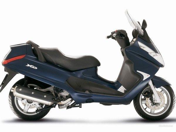 Noleggio scooter X8 400 in Toscana